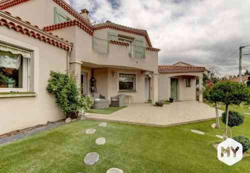Maison 5 pièces 226 m2 à vendre Beaumont 63110, 624 000 €