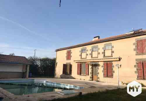Maison 5 pièces 250 m2 à vendre Puy-Guillaume 63290, 275 000 €