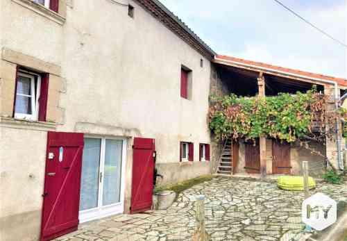 Maison 5 pièces 110 m2 à vendre CHAMPAGNAT-LE-JEUNE 63580, 219 000 €