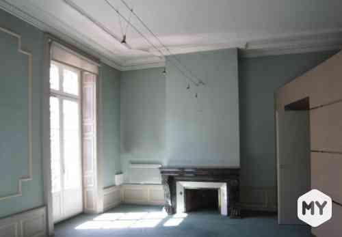 Commercial 5 pièces 257 m2 à louer Clermont-Ferrand 63000, 3 666 €/mois