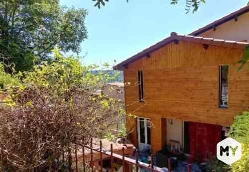 Maison 5 pièces 110 m2 à louer Chanonat 63450, 900 €/mois
