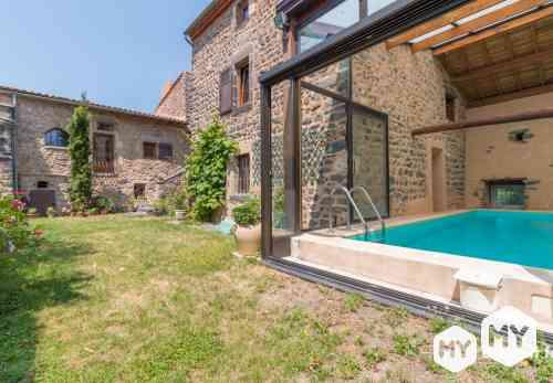Maison 5 pièces 200 m2 à vendre Le Crest 63450, 412 000 €